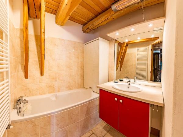 michel-rameaux-saint-veran-salle-de-bains