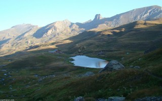 lac et refuge de la blanche